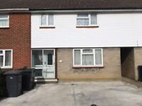 3 Bed House, 2 Bath to Rent. 10min walk to Canterbury University