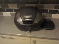 Givi monolock topbox immaculate condition 36ltrs