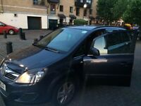 2011 PCO LICENSED VAUXHALL ZAFIRA TO RENT