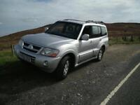 2003 Mitsubishi Shogun Elegance only 99,000 miles, 3 keys, just fully serviced, long mot