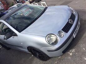 VW polo (new shape)