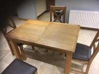 Extendable oak table and 4 chairs