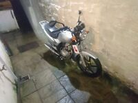 SYM XS 125 motorbike, learner legal, for spares or repair