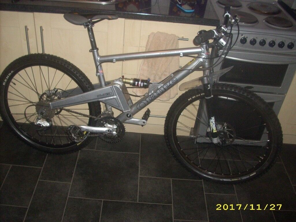 Orange SUB 3 Mountain Bike VGC Pace Carbon Forks Shimano XT Spec 18 Inch Frame May Deliver