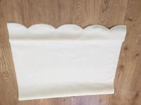 2ft 10 scalloped edge roller blind