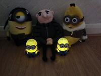 Despicable Me plush toys Grew, Pirate minion and Banana minion plus two minion night lights