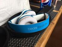 Beats by dre solo hd Ex display!!