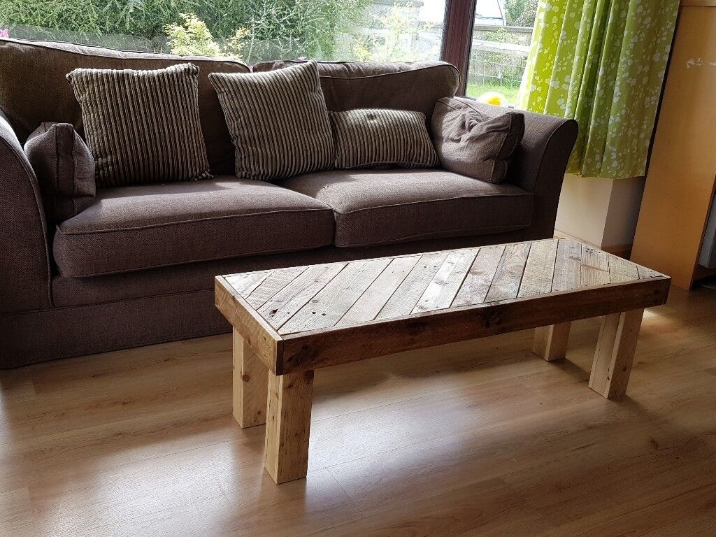 Coffee Table made from pallet wood furniture recycled