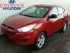 2012 Hyundai Tucson L 4 BRAND NEW TIRES ON THIS ENTRY LEVEL TUCS