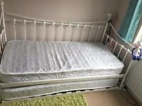 Single bed + guest bed with mattresses