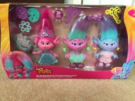 Trolls Poppy And Twins