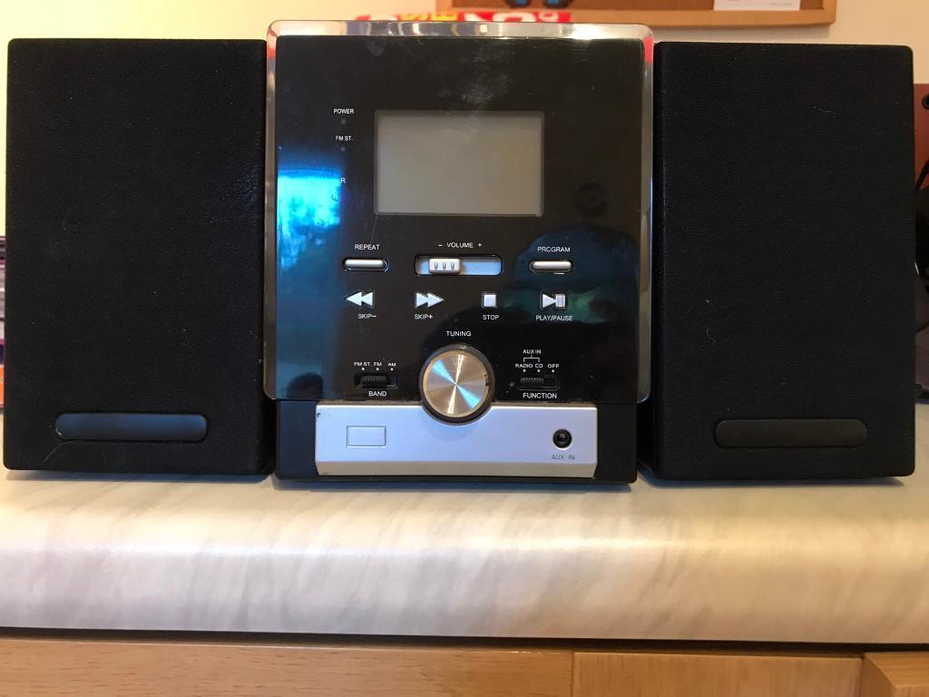 Micro Audio Systemin Sheffield, South YorkshireGumtree - Micro Audio System Radio CDRadio CDAux2 x 5w