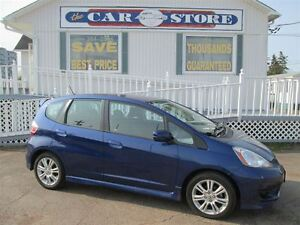 2011 Honda Fit SPORT AIR CONDITIONING!! CRUISE!!5 SPD GAS SAVER!