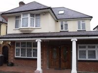 Spacious Room available in a House Share: Stunning Detached House in Totteridge, N20