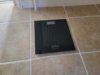 Omron HN289 Digital Personal Scale (black)