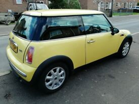Mini one MOT until Feb 19, 1 owner from new