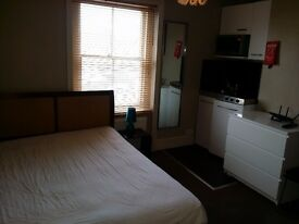 Small Self Contained Studio Flat in Kemptown to Rent £675 pcm incl ALL BILLS