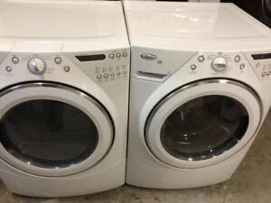 79- Laveuse Sécheuse Frontales WHIRLPOOL DUET Frontload Washer and Dryer