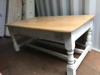 Solid Wood Coffee Table in Shabby Chic