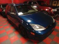 2000 FORD FOCUS WAGON GREAT SHAPE NO ACCIDENTS ROOF RACK $2,500