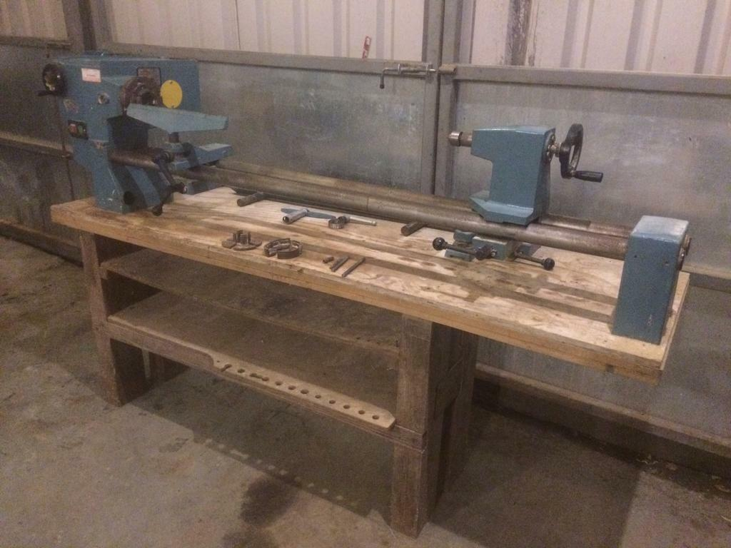 Poolewood wood lathe 240v pw28-40 / woodturning