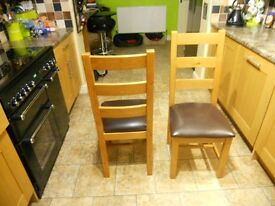 Canterbury oak dining chairs x2 excellent condition