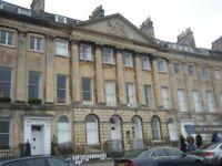 3 bedroom flat in Camden Crescent, Bath, BA1 (3 bed) (#1058499)