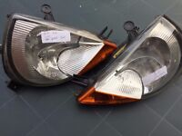 FORD KA 2002 HEADLIGHT PAIR DRIVER SIDE AND NEAR SIDE