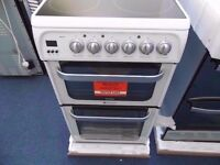 EX-DISPLAY WHITE 50 WIDE HOTPOINT ELECTRIC COOKER REF: 13208