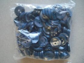 Black Grey buttons 110 bags of 100 buttons car booting (11000 buttons in total)