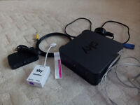Sky hub SR 102 broadband wireless wifi router in excellent condition