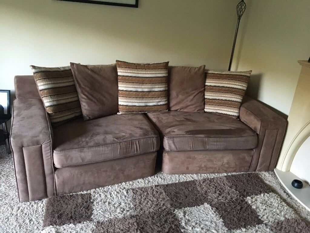 suite 2 off setees for sale exellent condition