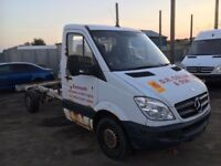 Mercedes sprinter chassi cab 313cdi breaking engine gearbox axel wheels doors