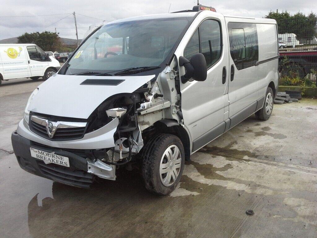 fce4eeec42f0ff   For breaking   Vauxhall Vivaro van