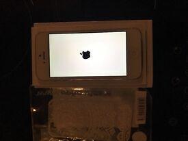 Apple iPhone 5 16gb white.