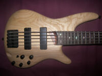 Ibanez SR605-NTF , 5-String Active Bass Guitar. / Natural Flat