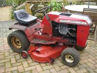 TRACTOR RIDE OF MOWER VINTAGE 1981 WHEEL HORSE TRACTOR WITH MOWER ATTACHMENT