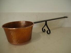VINTAGE FRENCH COPPER LONG HANDLED FLAMBE LADLE. MARK GAOR ST GEORGES DE DIDONNE