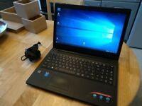 Lenovo ideapad 100 i3-5005U, 4 GB RAM, 1 TB HDD