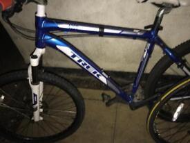 Trek 4300 mountain bike