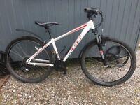 GT aggressor mountain bike XS