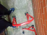 Price lowered! Paddock stands