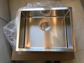 Svelte 450mm x 570mm stainless steel sink