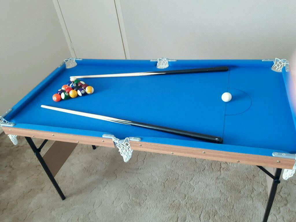 4ft snooker/pool table