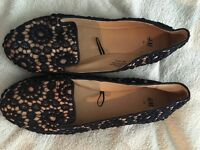 Ladies h & m shoes size 5