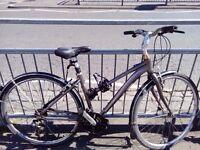 ladies city bike 85£