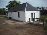 Farm cottage (available soon) Off A90 nr Stracathro