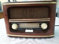 Retro modern radio