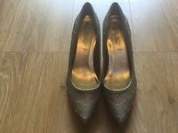 Size 8 light brown shoes