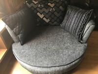 DFS Pioneer swivel / cuddle chair